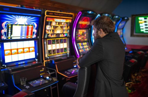 picture of a man playing slingo