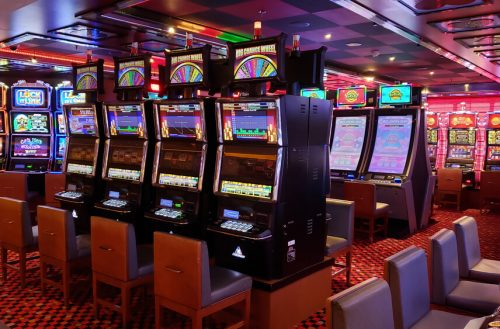 image showing slot games in a casino with RTP